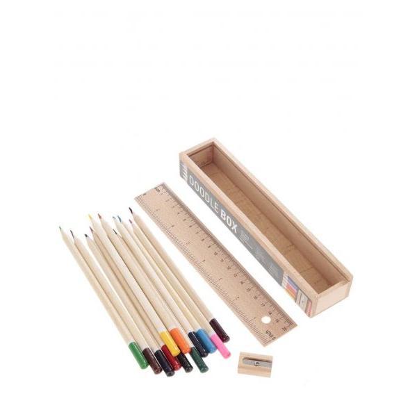 Dřevěný box s 12 pastelkami a pravítkem
